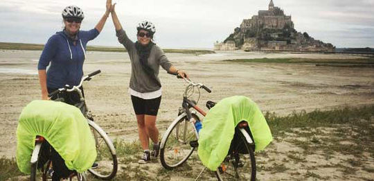 We ride Paris to Mont St Michel on La Veloscenic