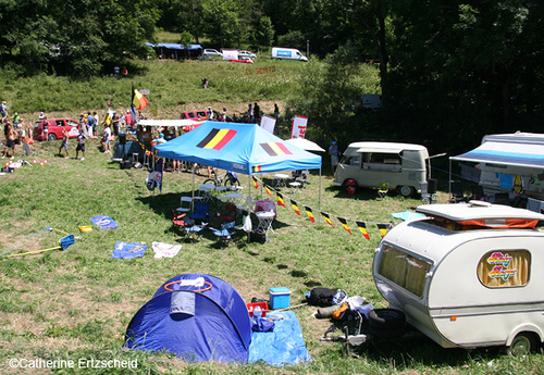 Campers during the Tour de France, by Catherine Ertzscheid