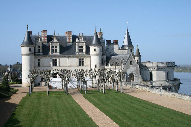 Château d'Amboise on the banks of the river Loire. Photo: Richard Parmiter