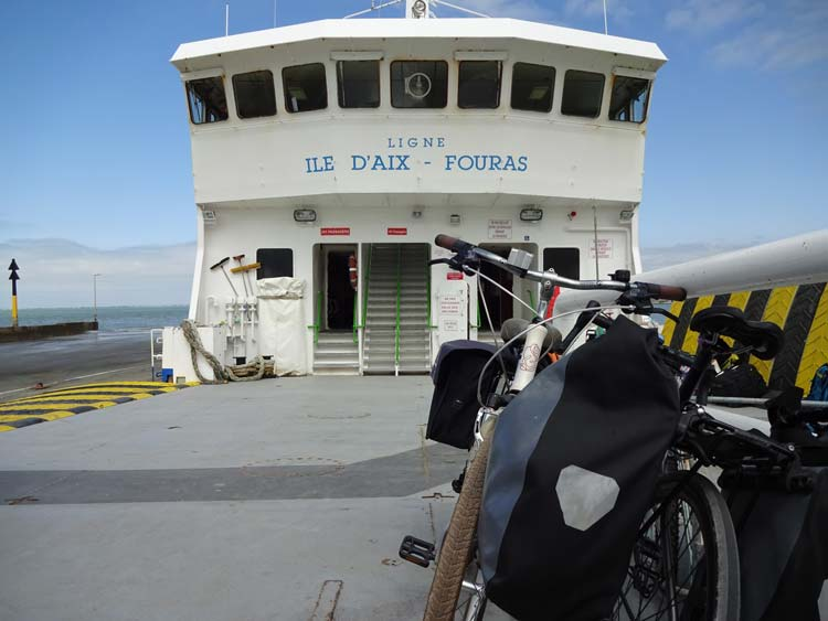 fouras to ile d'aix ferry