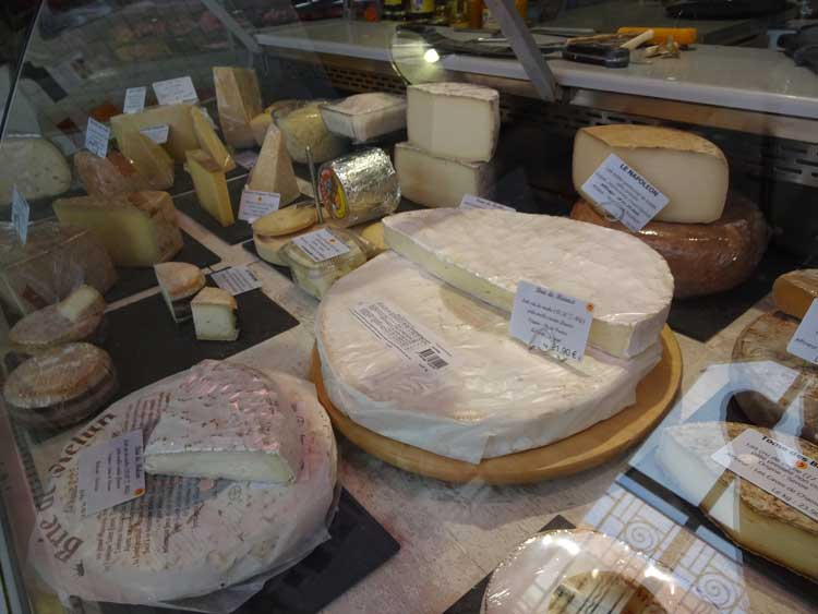 Cheese at Fouras market