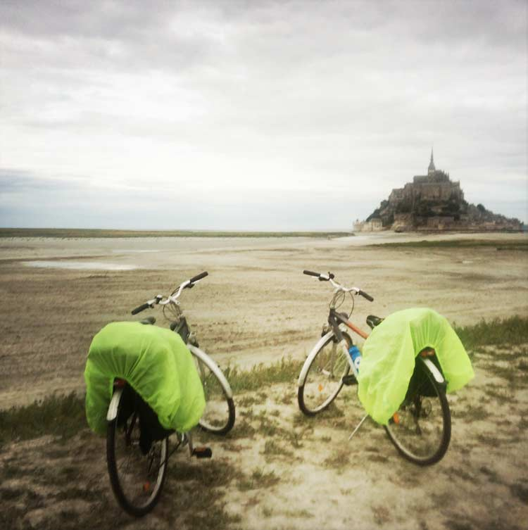 a cycling guide to mont st michel in normandy freewheeling
