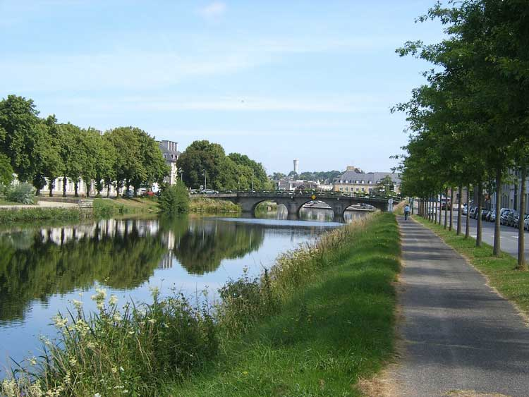 Nantes Brest canal at Pontivy