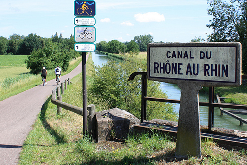Cycle route along towpath of Canal du Rhône au Rhin (the Rhone–Rhine Canal). Photo: Mike Wells