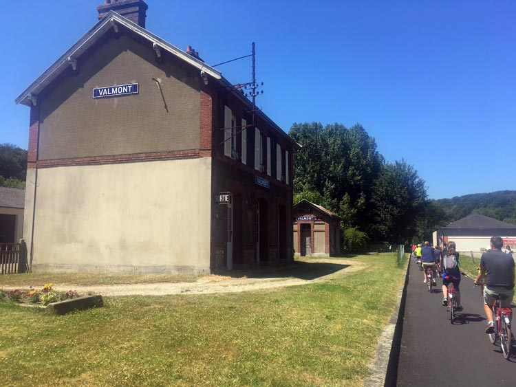 The old railway station on the bike path in Valmont