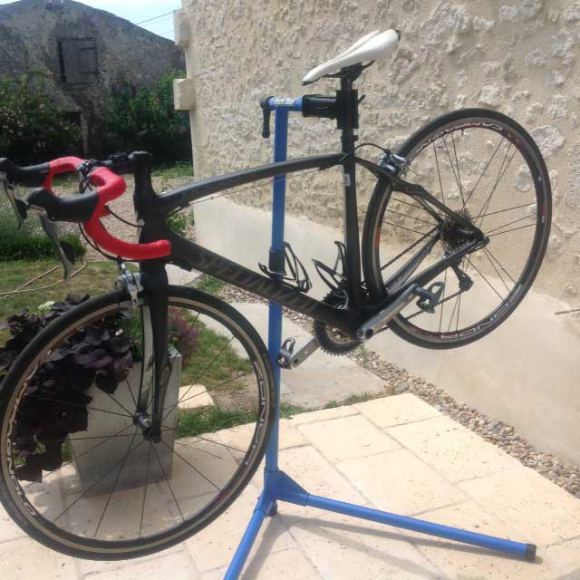 Andrew Barnett Reviews The Park Tool PCS9 Home Maintenance Bike Stand And Finds It An Excellent Addition To Any Amateur Mechanics Shed